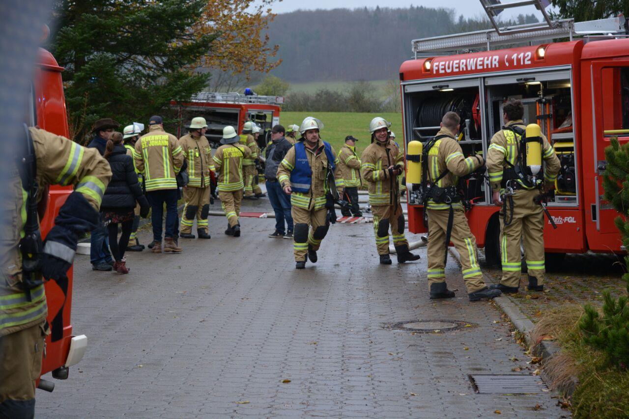 Alarmübung der Feuerwehr St. Johann bei der DIPM